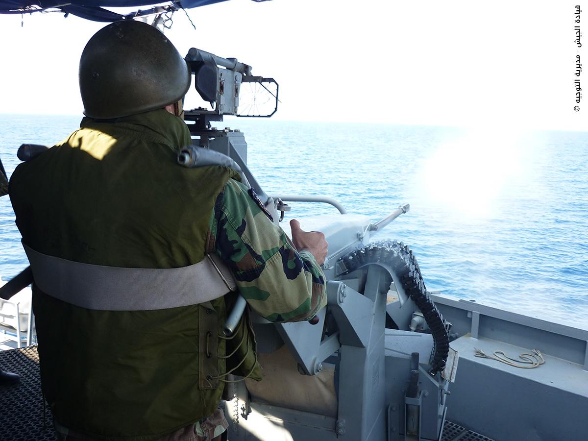 القوات البحريه اللبنانيه %2819%29