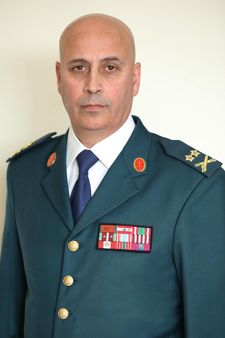 officier de l'armée et enrôlé datant