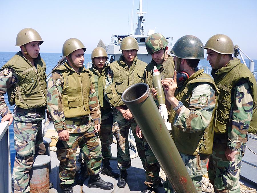القوات البحريه اللبنانيه Mag-385-146