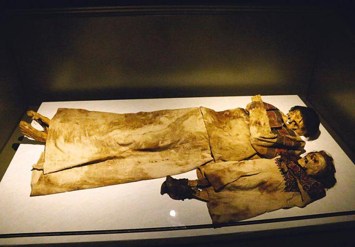 جولة في متحف بيروت الوطني Mag-378-346
