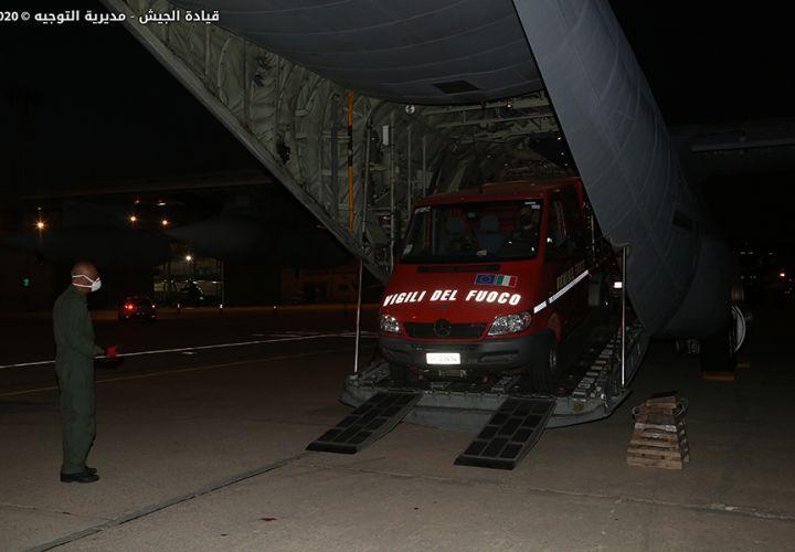 أجزاء الاحسان إلا الاحسان !الجيش اللبناني يعلن اسماء الدول التي ساعدتهم حتى بالكلاب دون أي ذكر للعراق